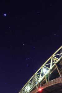 「境水道大橋を渡るオリオン」野島幹(島根県)